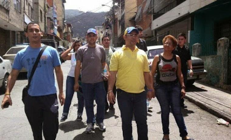 """Julio Reyes: """"La Venezuela Educadora"""""""