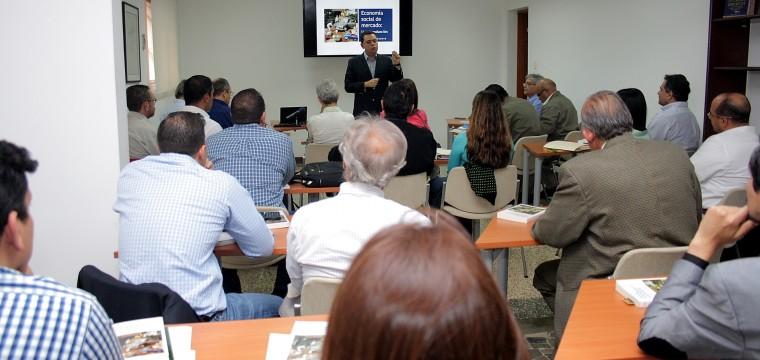 Fundación Uslar Pietri inaugura el Diplomado de Economía Social de Mercado