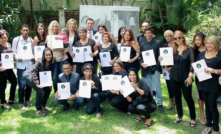 Fundación Arturo Uslar Pietri gradúa a 58 nuevos emprendedores de las Casas del Lápiz