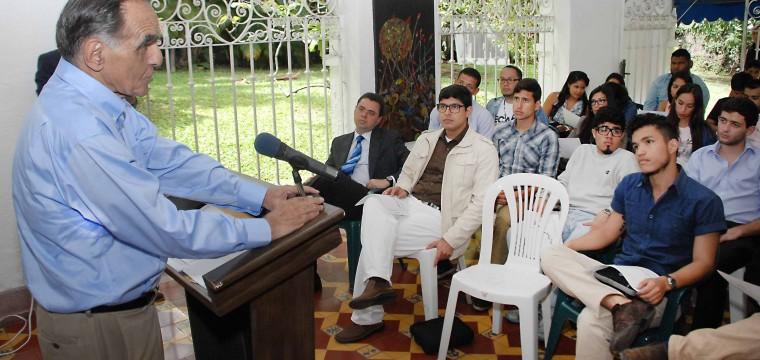 José Rafael Revenga: La oposición no puede desilusionar las expectativas de los venezolanos
