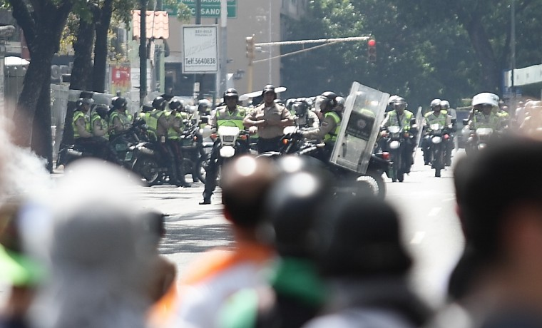 #CiudadALápiz: La Ciudad de la Ira, por Antonio Ecarri Angola