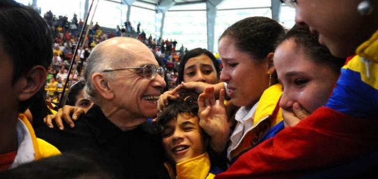 La política como música: en honor al Maestro Abreu, por José Rafael Revenga
