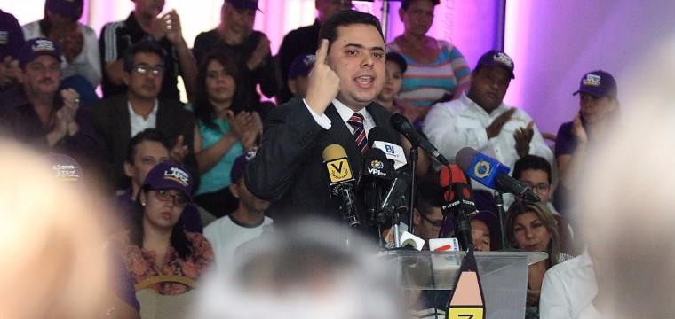 """Ecarri denuncia otro récord de Maduro: """"Vamos directo a una paralización petrolera"""""""