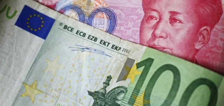 ¿Euros o dólares?, por Alexis Aponte